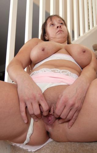 brooke4055 - Gloria donna matura amante delle orgie